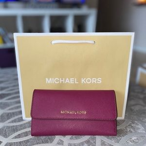 💖 New Michael Kors Jet Set Trifold Wallet 💖